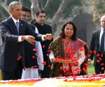 Obama pays tribute to Mahatma Gandhi