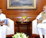 Mamata sends Modi sweets as CBI hunts for Rajeev Kumar