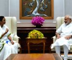 Left, Congress slam Mamata for not raising NRC with PM