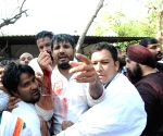 Congress demonstration against land acquisition bill at Jantar Mantar