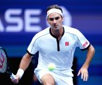 US Open: Federer, Djokovic march into Round of 16
