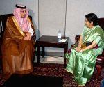 New York: UNGA - Sushma Swaraj meets Adel bin Ahmed Al-Jubeir