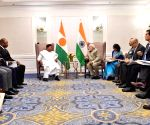 New York: PM Modi meets President of Niger