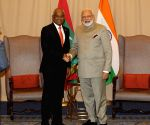New York: PM Modi meets Maldives President