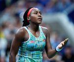 Osaka overwhelms 15-year-old Gauff at US Open