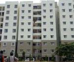 Police quarter building in B'luru tilts due to wide crack