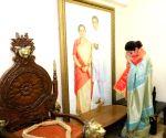 Urmila Matondkar formally joins Shiv Sena