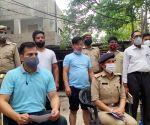 Gang running online sex racket busted in Noida, 2 held