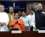 Odisha CM & Chhattisgarh CM meets Uma Bharti