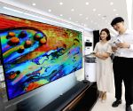 OLED panel sales help LG Display swing to net profit in Q4