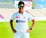 One-off women's Test: India fighting back to avoid defeat (Tea)