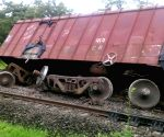 Seven wagons of Konkan Railway train derail
