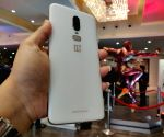 OnePlus 6: Holistic flagship experience at half the price (Tech Review)