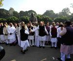 Opposition leaders' demonstration against demonetization