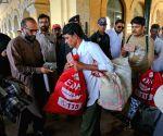 Pakistan 'frees 55 Indian fishermen, 5 civilians'