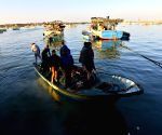 MIDEAST GAZA FISHING ZONE REDUCING