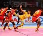 Bengaluru beat Titans, enter PKL play-offs