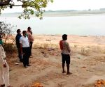 Panic after bodies found buried in sand in UP's Unnao