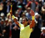 Nadal crushes Federer to reach 12th French Open final