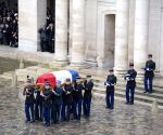 FRANCE PARIS NATIONAL TRIBUTE HERO OFFICER