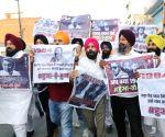 Priyanka faces protest over Pitroda's remarks