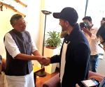 Hrithik Roshan meets Sushil Modi in Bihar