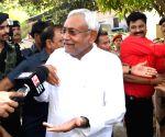 Pragya Thakur should be expelled from BJP: Nitish Kumar