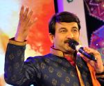 Manoj Tiwari assails Kejriwal for not campaigning