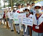 Students participate in Clean India Campaign