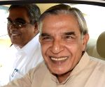Pawan Bansal gets addnl charge as Cong treasurer