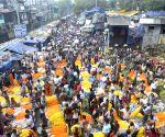 Durga Puja - Malik Ghat flower market