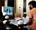 People busy watching India-Pakistan match