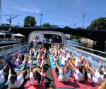 (210617) Berlin: International Yoga Day