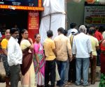 Vada pao seller aims to donate his earnings to Mumbai stampede victim