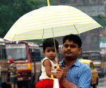 Rains lashes Kolkata