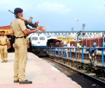 Cabinet clears Rs 2,024 crore bonus for Railway staff