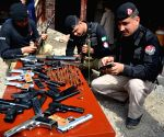 PAKISTAN PESHAWAR SEIZED DRUGS