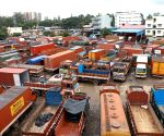 K'taka lorry owners call for daylong strike on Friday