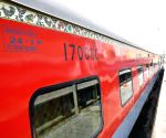Food, tea to cost more in Rajdhani, Shatabdi, Duranto trains