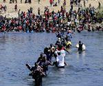 US DHS suspends horse patrol after hostile treatment of migrants
