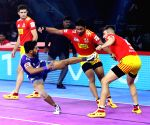 Pro Kabaddi Season 7  - Gujarat Fortunegiants vs Haryana Steelers