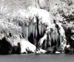 CROATIA-PLITVICE LAKES NATIONAL PARK-SNOW