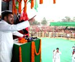 PM Modi selectively addressed issues of Bihar: Tejashwi