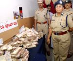 Police seize demonetised notes