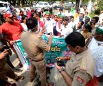 Police try to stop Farmers as they protest during Bharat Bandh  against Central Governments