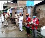 Free Photo: Bihar: Police uses 'Band Baja' to search for crooks