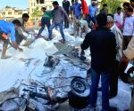 5 killed as truck falls on car in Jaipur