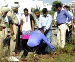 Rusted bombs found near  Chheharta-Attari railway line