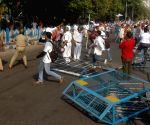 Lathi-charge on SFI activists