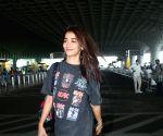 :Mumbai: Pooja Hegde Spotted at Airport Departure in Mumbai
